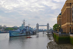 Early Morning on The Thames River, London Looking East Royalty Free Stock Photography