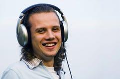 earphones man portrait smiling Στοκ φωτογραφία με δικαίωμα ελεύθερης χρήσης