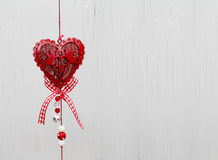 Eart comme symbole de carte d'amour/vintage avec le coeur rouge sur le grunge v Image stock