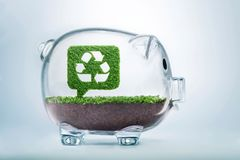 Earth speaking recycle bubble talk investment concept Royalty Free Stock Photography