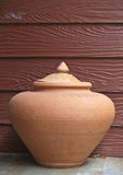 Earthen jar Royalty Free Stock Photography