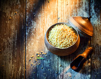 Earthenware pot of bulgur Royalty Free Stock Photos