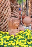 Earthenware rzeźba w ogródzie Obraz Stock