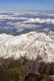 Earthqake Faultine e slittamenti in valli della montagna dietro Kaikoura Immagine Stock Libera da Diritti