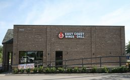 East Coast Wings Bartlett, TN. East Coast Wings and Grill offers over 50 flavors of chicken wings Stock Photo