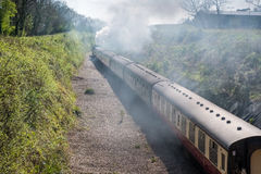 EAST GRINSTEAD, SUSSEX/UK - APRIL 06 : Steam Train on the Bluebe Royalty Free Stock Photos