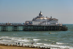 EASTBOURNE, EAST SUSSEX/UK - AUGUST 11 : View of Eastbourne Pier Royalty Free Stock Photos