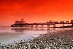 eastbourne pir royaltyfri fotografi