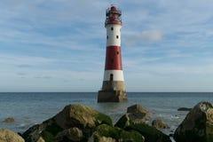 16/09/2018 Eastbourne, Reino Unido Faro principal con playas Imagen de archivo libre de regalías