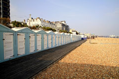Eastbourne strandkojor Arkivfoton