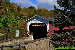 EastEarl Township, PA: Weaverland Road Covered Bridge Royalty Free Stock Photography