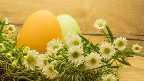 easter ägg table trä fotografering för bildbyråer