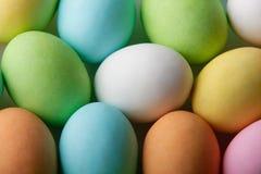 easter barwioni jajka zdjęcia stock