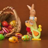 Easter basket, eggs, bunny and chicken Royalty Free Stock Images
