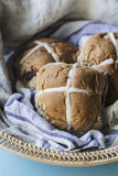 Easter buns in a basket Royalty Free Stock Photos