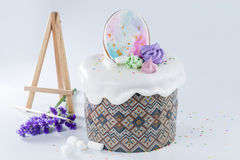 Easter cake with drawing gingerbread Stock Photography