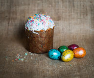 Easter cake and easter eggs. Happy Easter. Stock Images