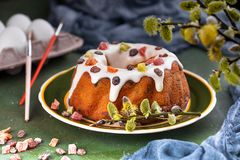 Easter cake with raisins and candied fruits royalty free stock photos