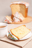 Easter cake and white flowers Royalty Free Stock Photos