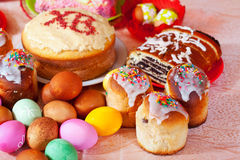 Easter cakes and eggs Stock Images