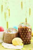 Easter cakes with eggs,copy-space Stock Photography