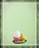 Easter card with chicken. Green easter greetingcard with chicken and egg Royalty Free Stock Photos