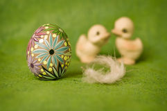 Easter composition. With an egg and two ducklings Royalty Free Stock Photography