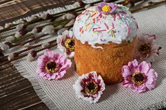 Easter cupcake homemade. On an old wooden background Stock Photography