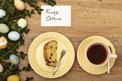 Easter decoration, card, Happy Easter, cake and coffee cup Stock Photography