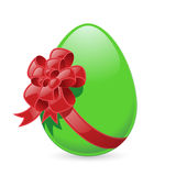 Easter egg with bow. Isolated green Easter egg with red bow (Vector Royalty Free Stock Images