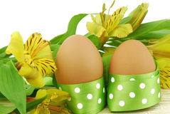 Easter egg with flowers isolated Royalty Free Stock Photography