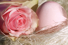 Easter egg with rose Royalty Free Stock Photography