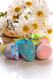 Easter eggs with daisies Royalty Free Stock Images