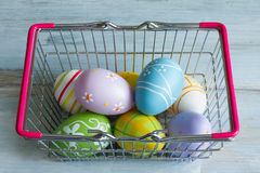 easter eggs in a shopping basket Stock Photography
