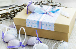 Easter gift with Easter eggs decoration Stock Photos