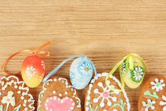 Easter gingerbreads and painted egg Stock Photography