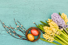 easter jajek kwiatów wiosna tło barwiący Easter jajek eps8 formata czerwony tulipanu wektor Obrazy Stock