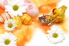 Easter motive. Hen and her chick on easter background Royalty Free Stock Photos