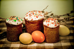 Easter sweet cakes and color eggs Royalty Free Stock Photography