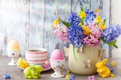 Free Easter Table Setting Royalty Free Stock Images - 111857289