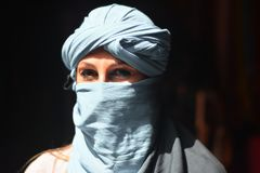 The young Bedouin`s gaze. Eastern countries, between mysteries and fantasies Stock Photography