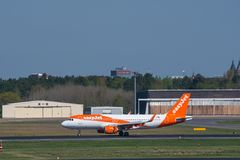 Easyjet Airbus A320 à l'aéroport de Berlin Tegel Photographie stock libre de droits