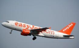 EasyJet Airbus 319 entfernen sich Lizenzfreies Stockfoto