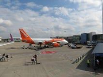 EasyJet Airbus A319 garé à Londres Luton Photographie stock