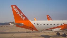 Easyjet Airbus A319 an internationalem Flughafen Malpensa Lizenzfreies Stockfoto