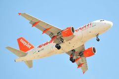 Easyjet airlines airbus take landing maniobre in airport Royalty Free Stock Photography