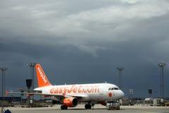 Easyjet bij luchthaven Royalty-vrije Stock Fotografie