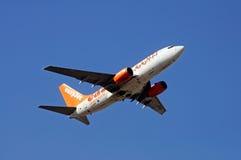 Easyjet Boeing 737-700 Fotografering för Bildbyråer