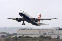 Easyjet A320 em cores híbridas Foto de Stock Royalty Free