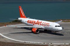 EasyJet flygbuss A320 royaltyfria foton